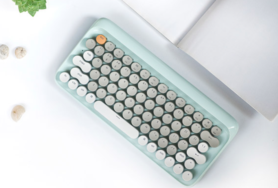 Lofree keyboard for writers