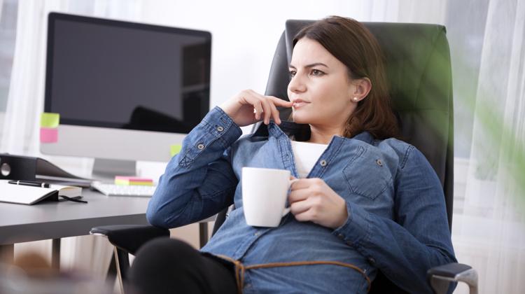 being an on-staff copywriter versus a freelance copywriter